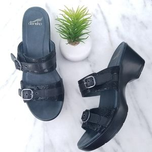 DANSKO Jessie Sandals Buckle Straps Black Slides
